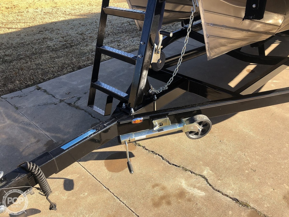 2018 Manitou boat for sale, model of the boat is 23 Oasis SHP & Image # 30 of 40