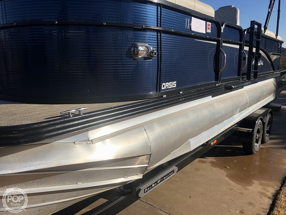 2018 Manitou boat for sale, model of the boat is 23 Oasis SHP & Image # 37 of 40