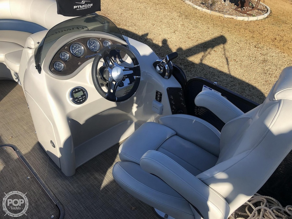 2018 Manitou boat for sale, model of the boat is 23 Oasis SHP & Image # 4 of 40
