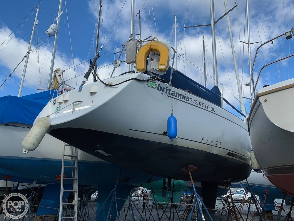 2006 Beneteau boat for sale, model of the boat is First 40.7 & Image # 9 of 40