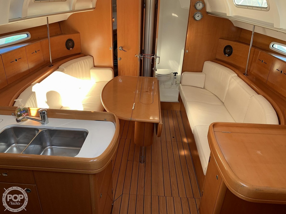 2006 Beneteau boat for sale, model of the boat is First 40.7 & Image # 4 of 40