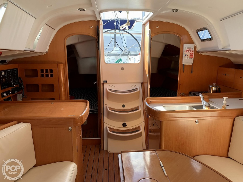 2006 Beneteau boat for sale, model of the boat is First 40.7 & Image # 5 of 40