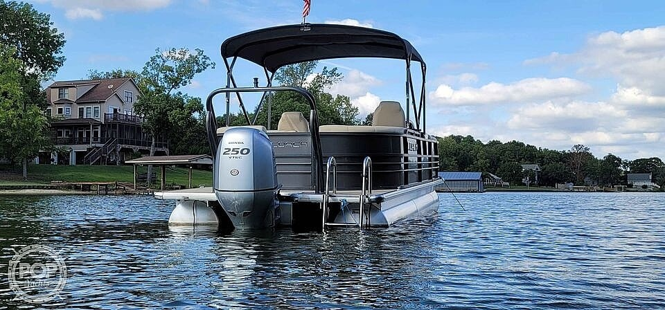 2018 Coach boat for sale, model of the boat is RF 2385 & Image # 12 of 40