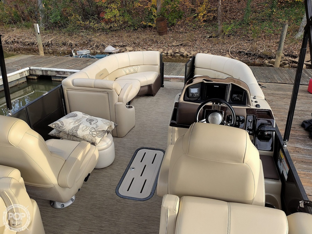 2018 Coach boat for sale, model of the boat is RF 2385 & Image # 9 of 40