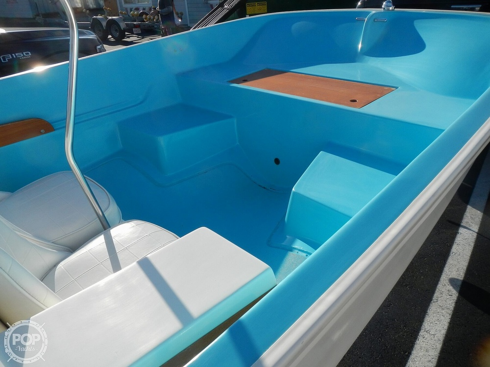 1969 Boston Whaler boat for sale, model of the boat is Katama & Image # 19 of 41