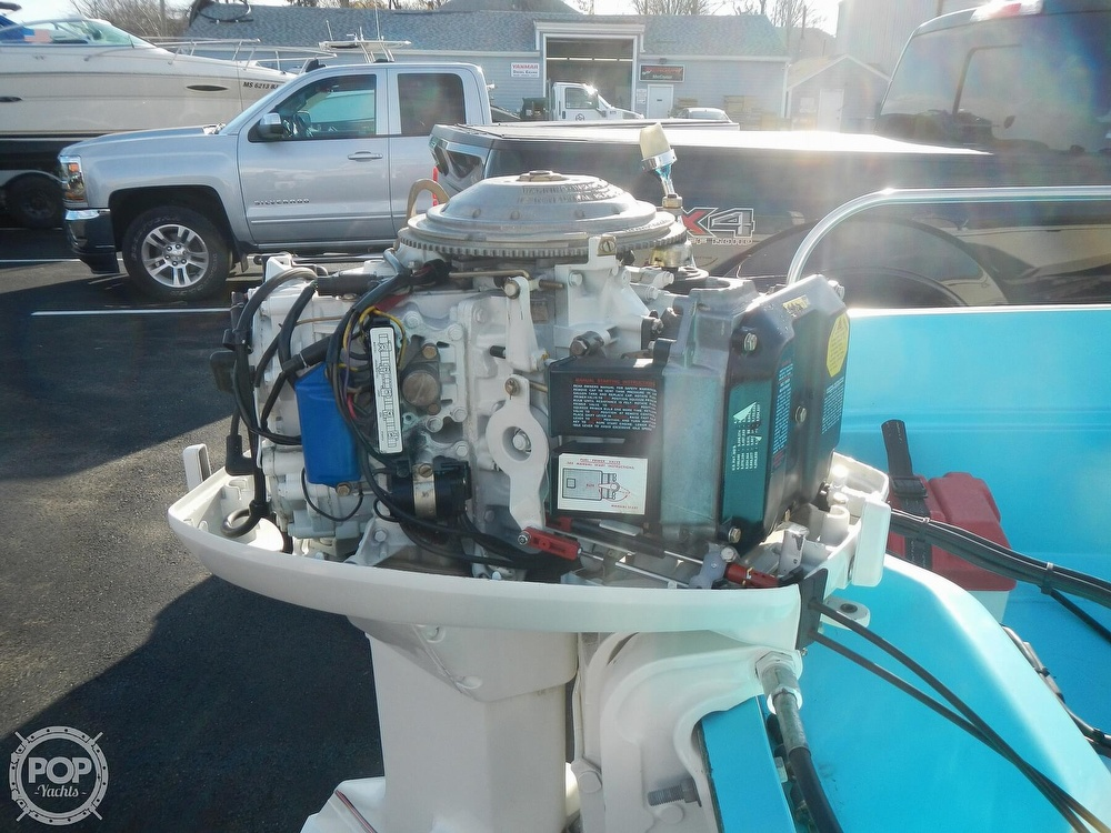1969 Boston Whaler boat for sale, model of the boat is Katama & Image # 12 of 41
