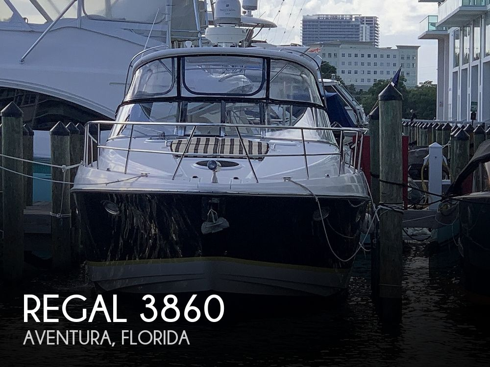 2006 Regal boat for sale, model of the boat is Commodore 3860 & Image # 1 of 40