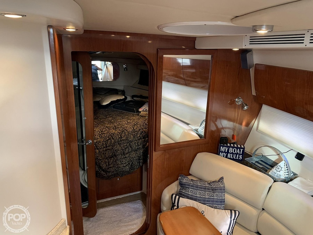 2006 Regal boat for sale, model of the boat is Commodore 3860 & Image # 8 of 40