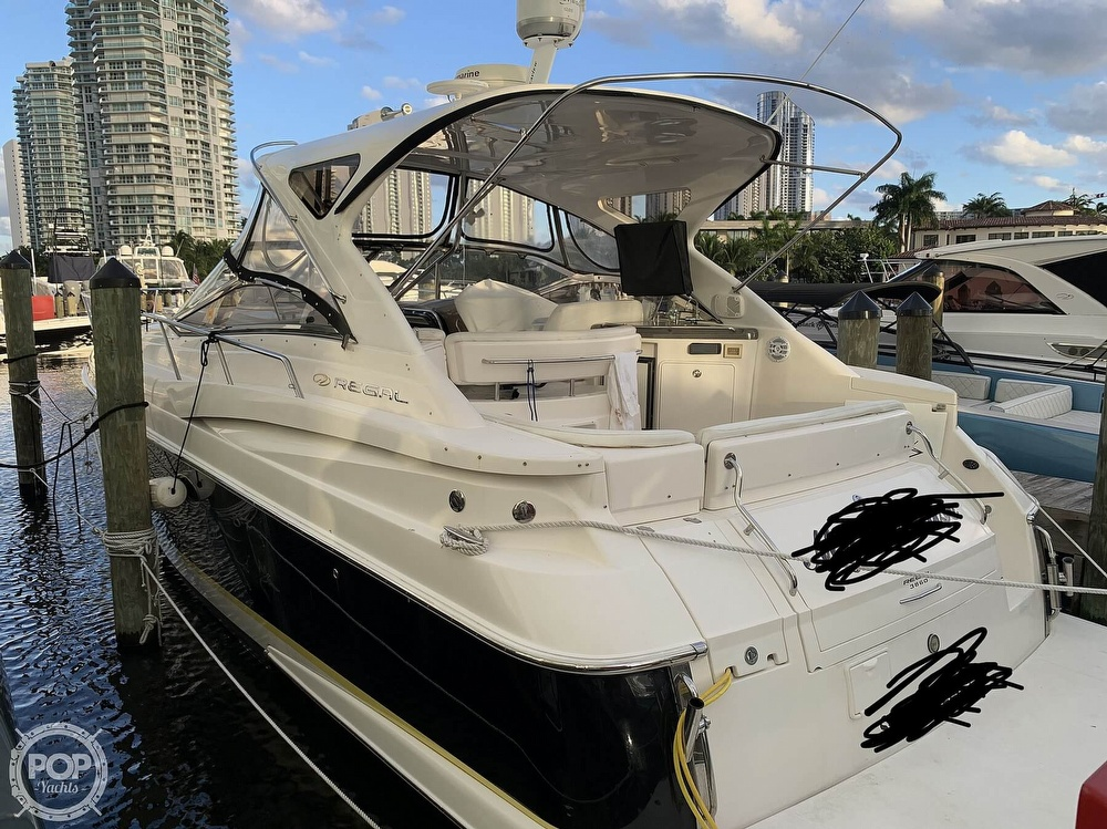 2006 Regal boat for sale, model of the boat is Commodore 3860 & Image # 16 of 40