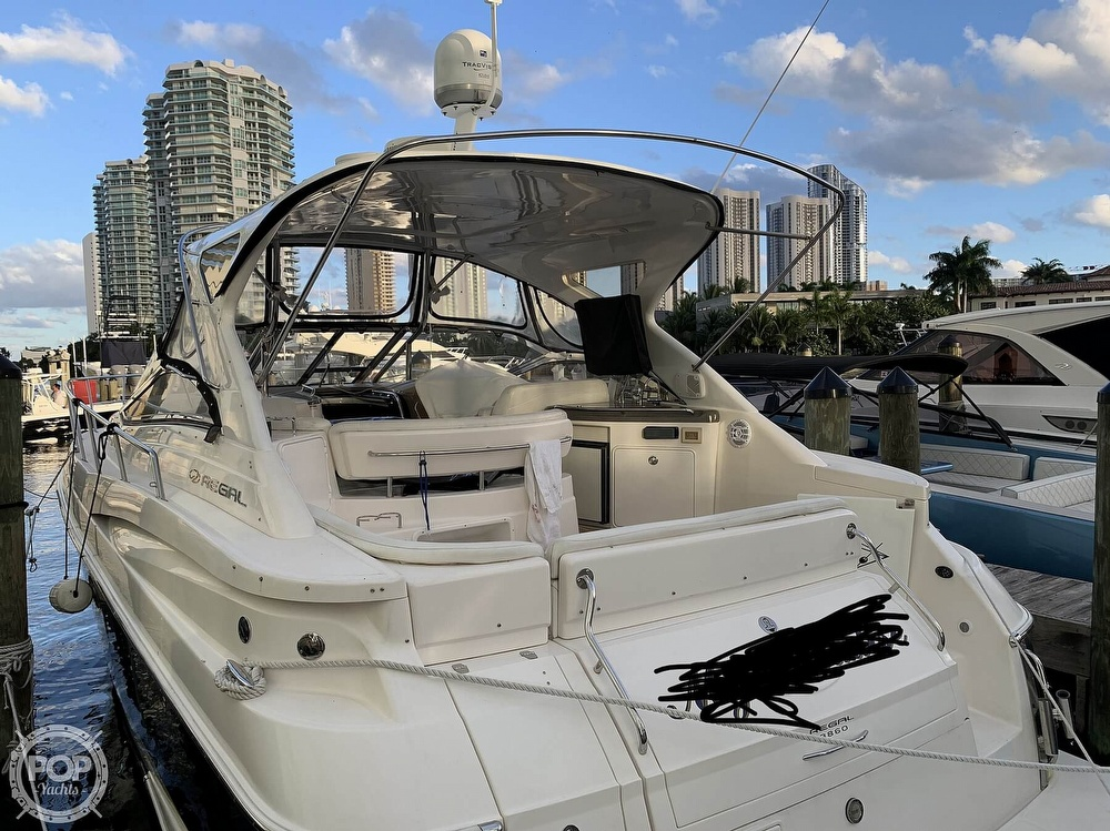2006 Regal boat for sale, model of the boat is Commodore 3860 & Image # 27 of 40