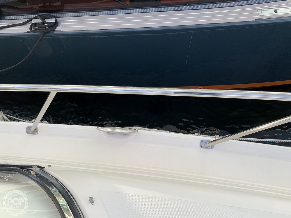 2006 Regal boat for sale, model of the boat is Commodore 3860 & Image # 37 of 40