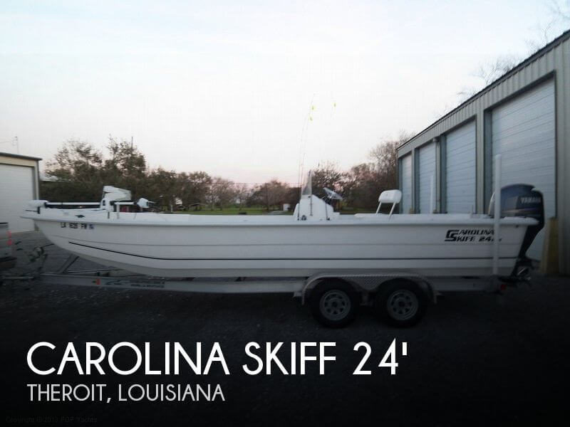 2010 CAROLINA SKIFF DLX 2480 CENTER CONSOLE for sale