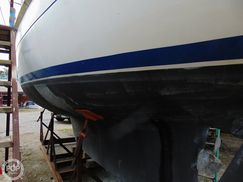 1977 Allied Princess boat for sale, model of the boat is 36 & Image # 19 of 40
