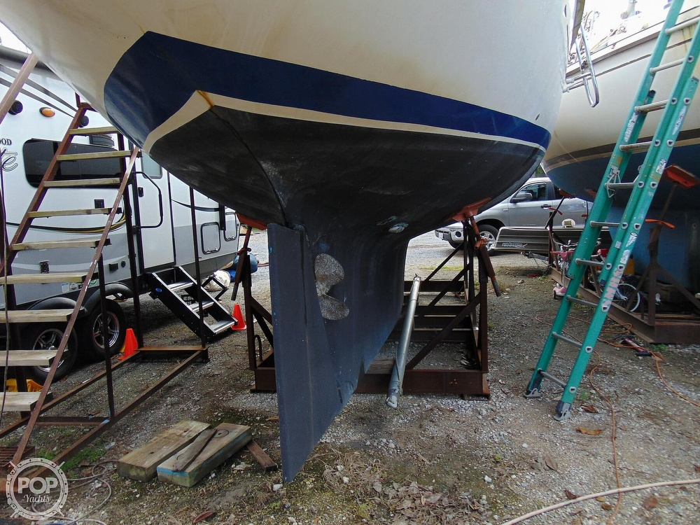 1977 Allied Princess boat for sale, model of the boat is 36 & Image # 28 of 40