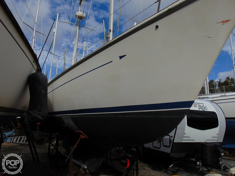 1977 Allied Princess boat for sale, model of the boat is 36 & Image # 37 of 40