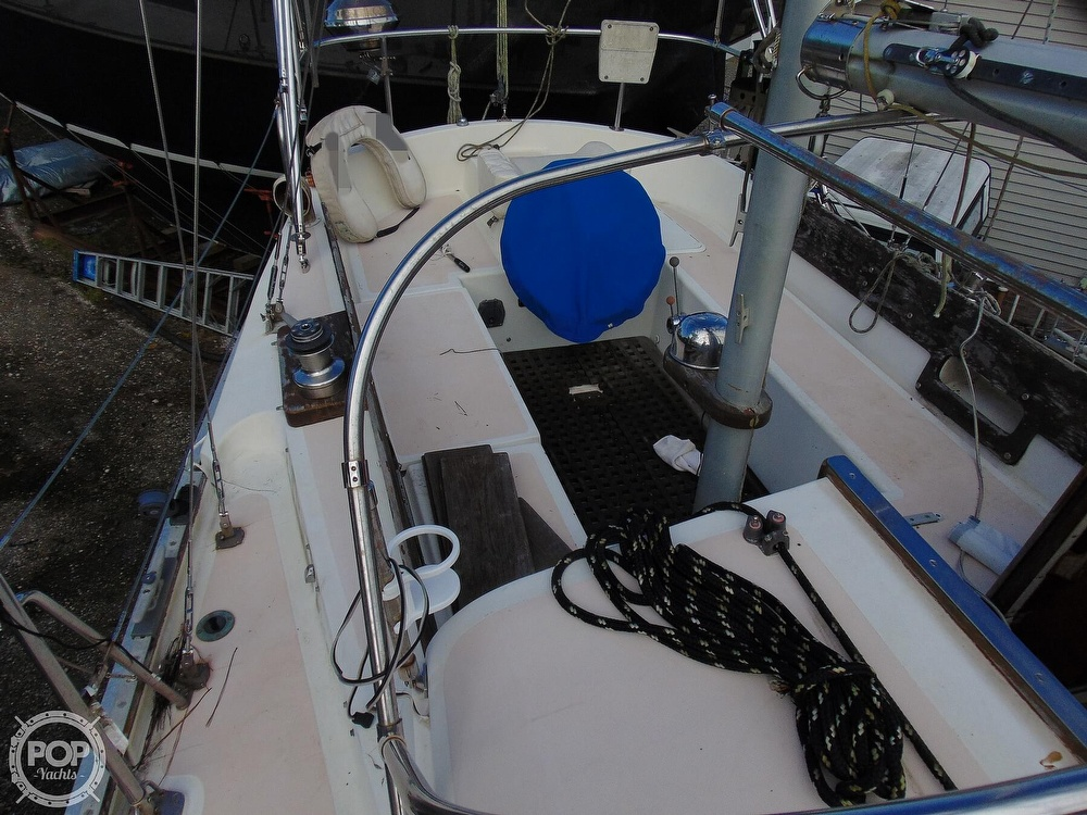1977 Allied Princess boat for sale, model of the boat is 36 & Image # 4 of 40