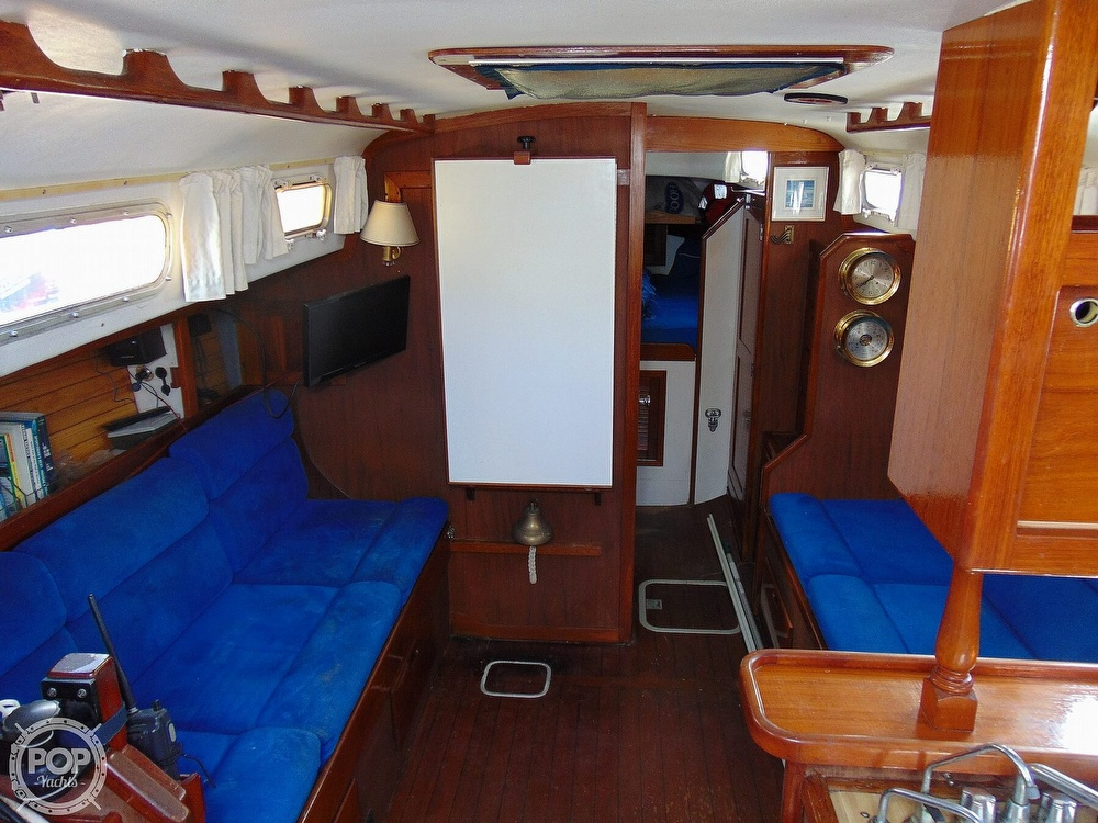 1977 Allied Princess boat for sale, model of the boat is 36 & Image # 5 of 40