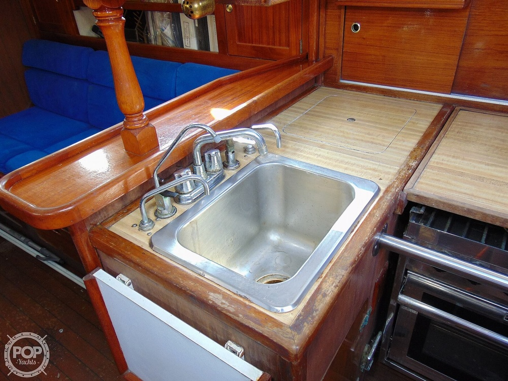 1977 Allied Princess boat for sale, model of the boat is 36 & Image # 6 of 40
