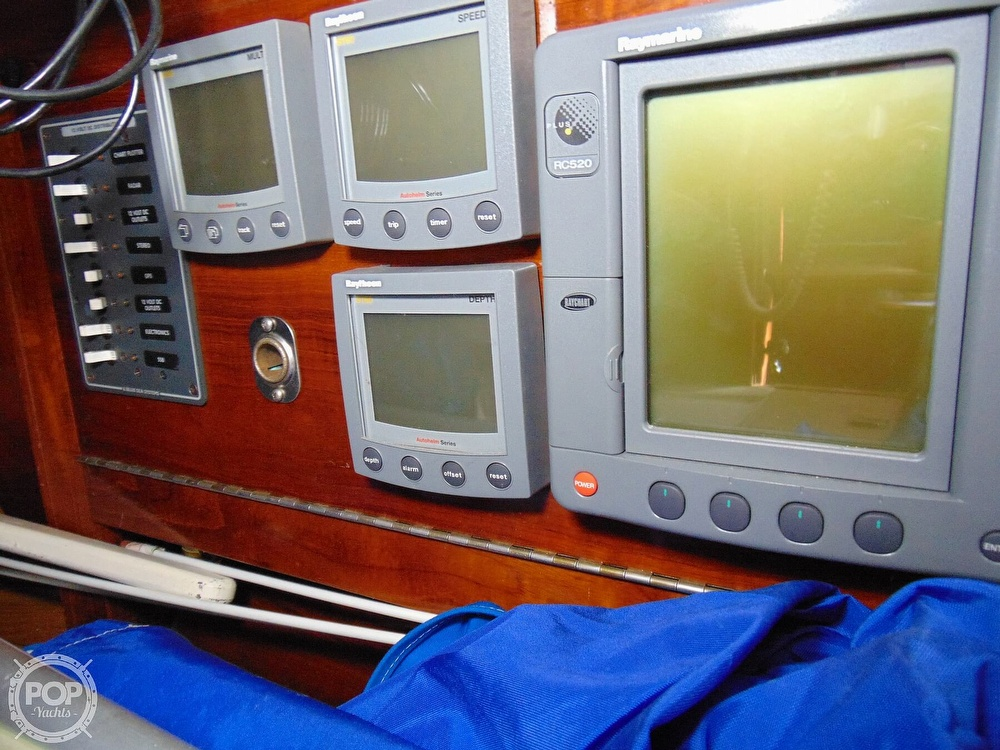 1977 Allied Princess boat for sale, model of the boat is 36 & Image # 7 of 40