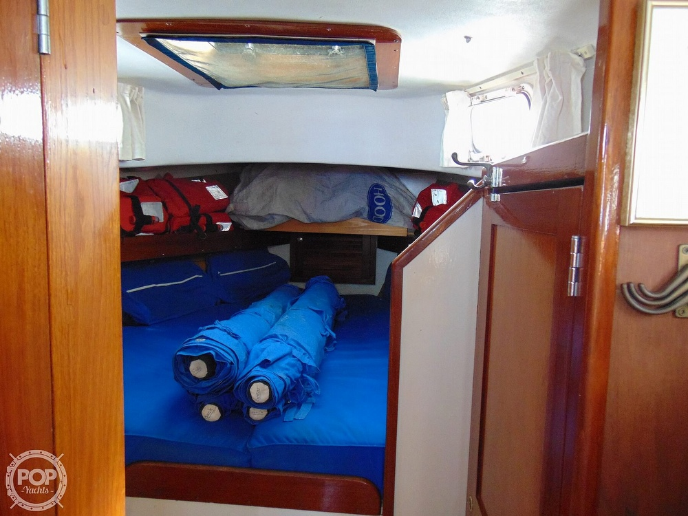1977 Allied Princess boat for sale, model of the boat is 36 & Image # 9 of 40