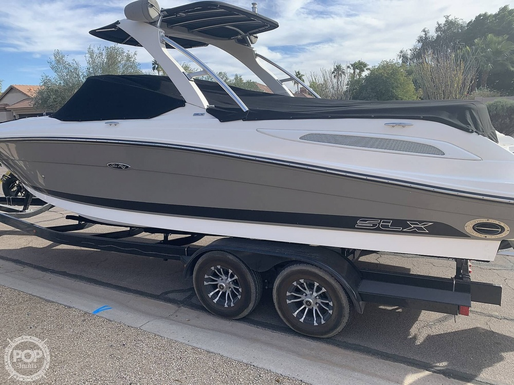 2008 Sea Ray boat for sale, model of the boat is 270 SLX & Image # 3 of 40