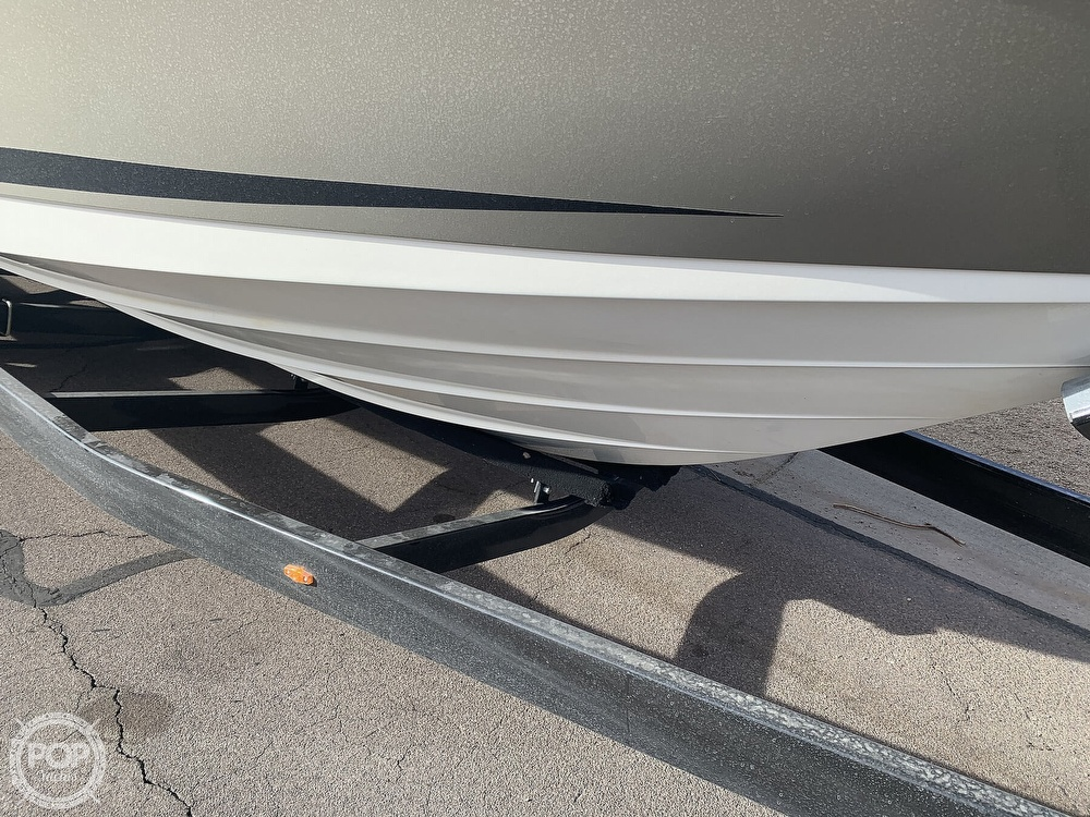 2008 Sea Ray boat for sale, model of the boat is 270 SLX & Image # 32 of 40