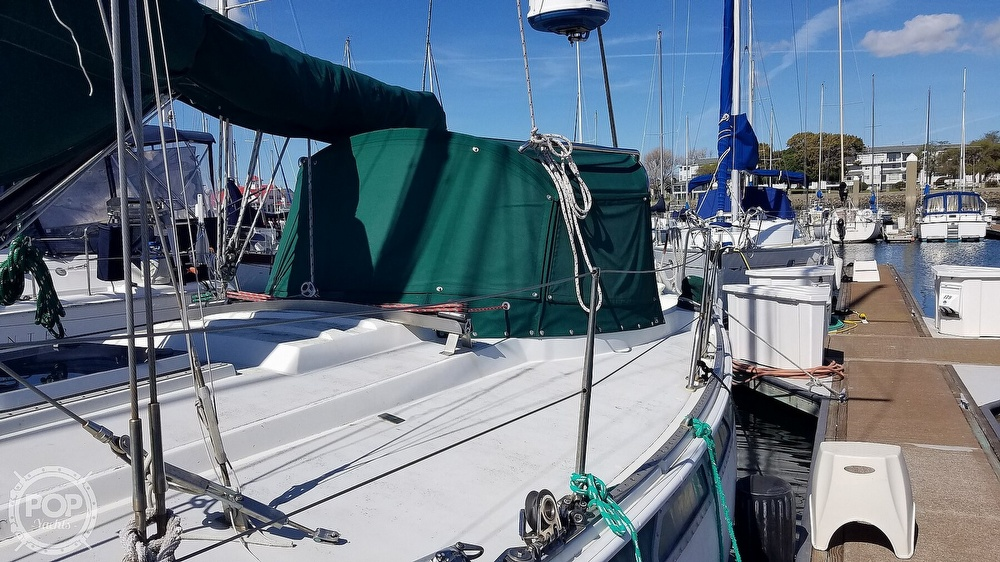 1972 Ericson Yachts boat for sale, model of the boat is 39 Flush Deck & Image # 7 of 40