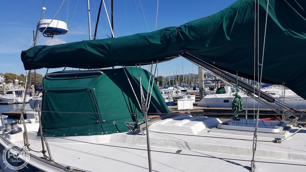 1972 Ericson Yachts boat for sale, model of the boat is 39 Flush Deck & Image # 9 of 40