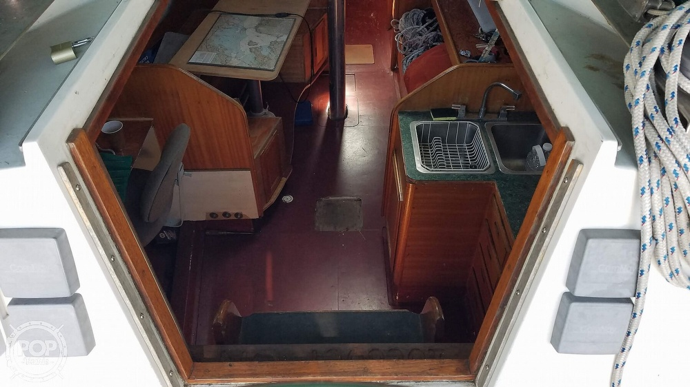 1972 Ericson Yachts boat for sale, model of the boat is 39 Flush Deck & Image # 37 of 40