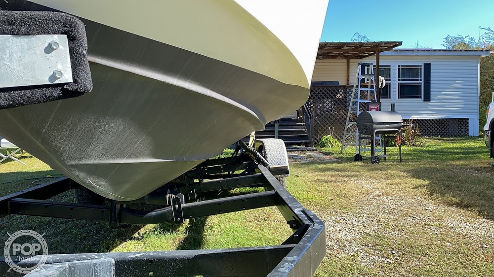 1999 Sea Ray boat for sale, model of the boat is 270 Sundancer & Image # 21 of 40