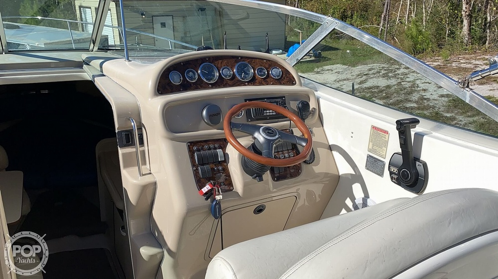 1999 Sea Ray boat for sale, model of the boat is 270 Sundancer & Image # 33 of 40