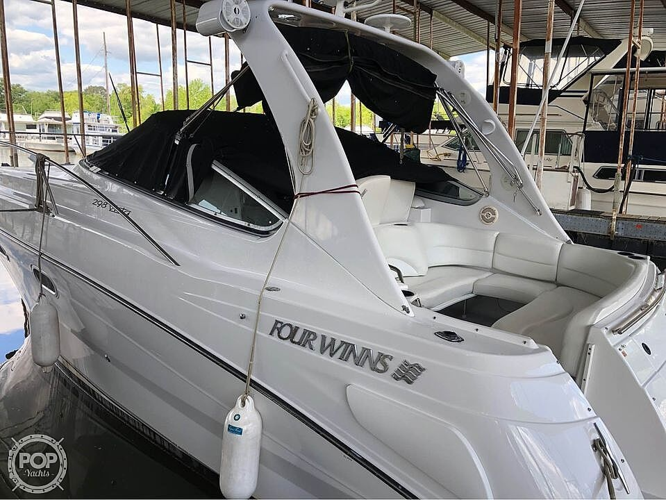2001 Four Winns boat for sale, model of the boat is 298 Vista & Image # 4 of 40