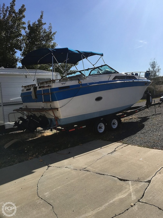 1987 Regal boat for sale, model of the boat is Commodore 277xl & Image # 2 of 26