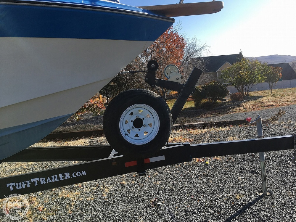 1987 Regal boat for sale, model of the boat is Commodore 277xl & Image # 21 of 26