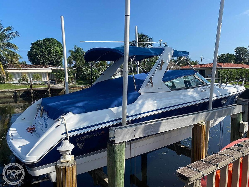 2004 Formula boat for sale, model of the boat is 330 SS & Image # 13 of 40