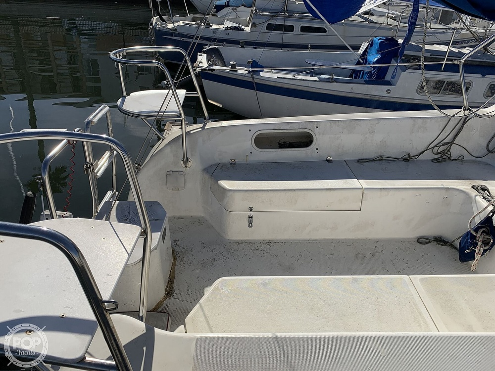 1997 Catalina Yachts boat for sale, model of the boat is 250 & Image # 22 of 40