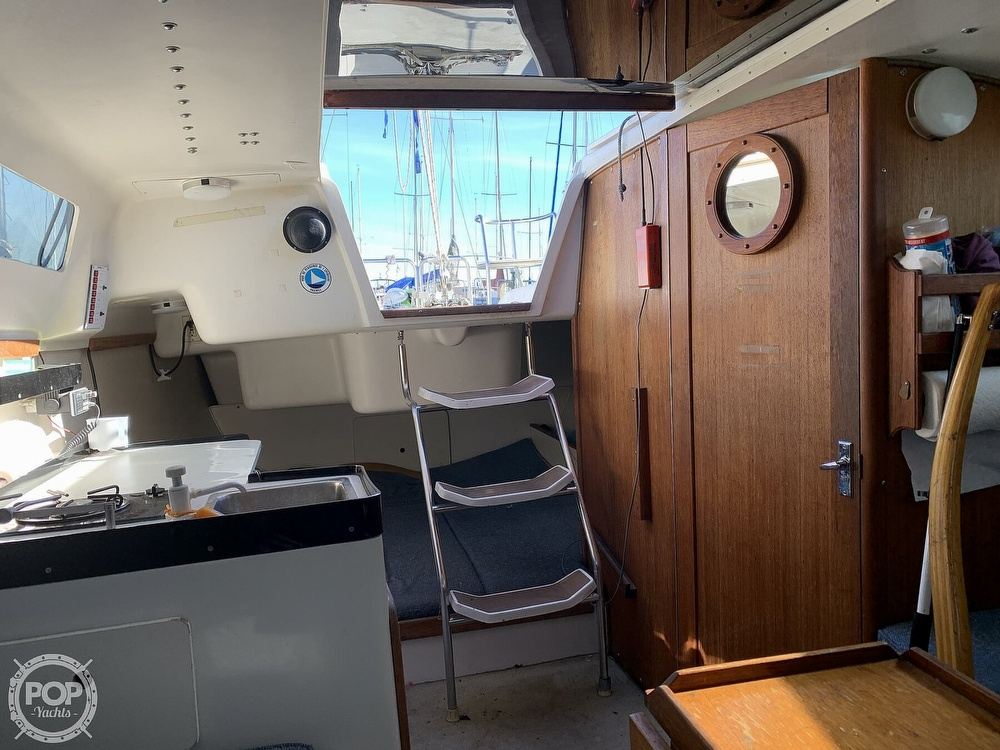 1997 Catalina Yachts boat for sale, model of the boat is 250 & Image # 3 of 40