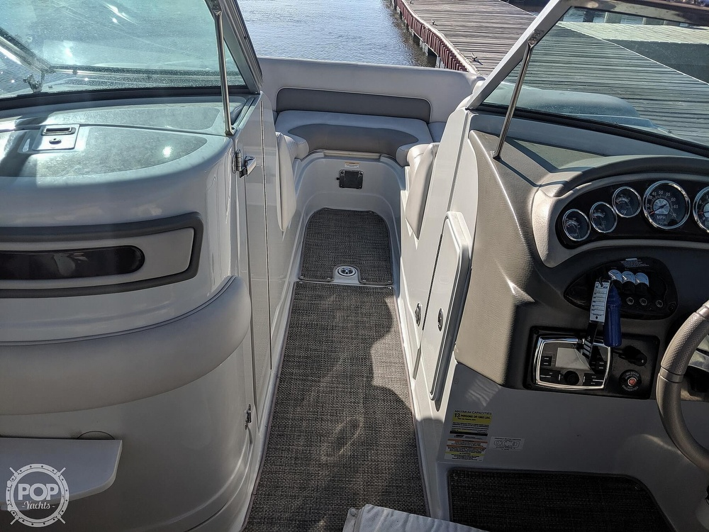2016 Crownline boat for sale, model of the boat is e-4 & Image # 11 of 40
