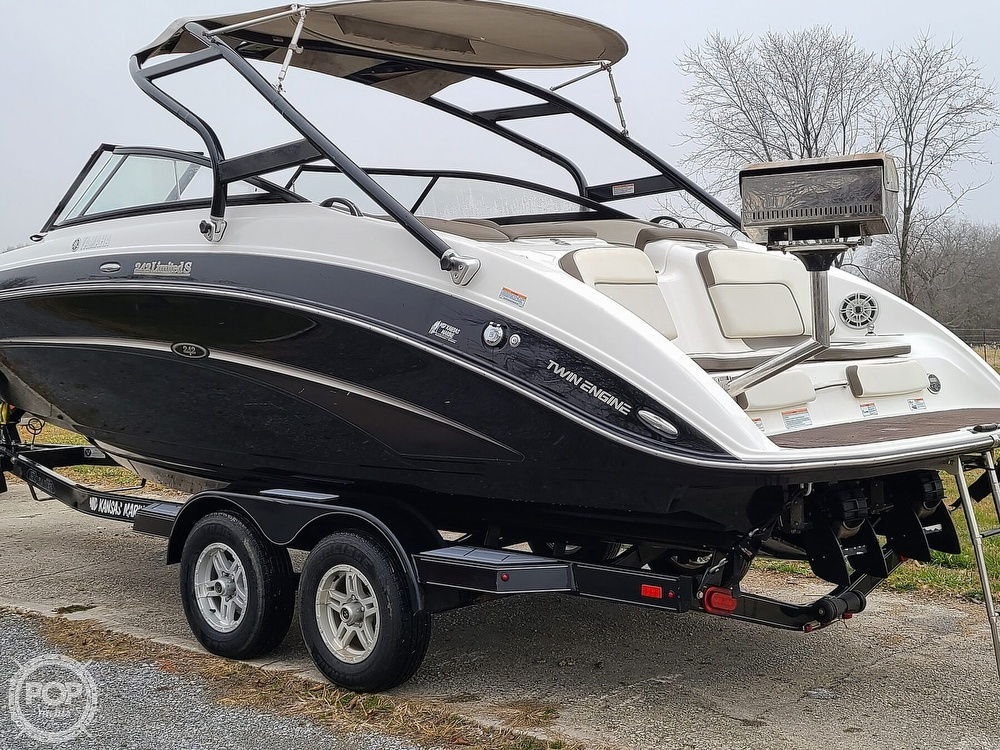 2014 Yamaha boat for sale, model of the boat is 242 Limited S & Image # 4 of 40