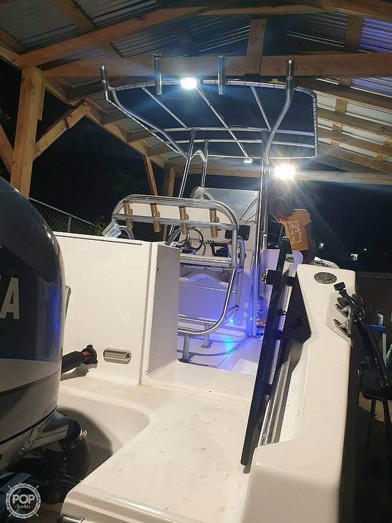2005 American Angler boat for sale, model of the boat is 2600 CC & Image # 4 of 12