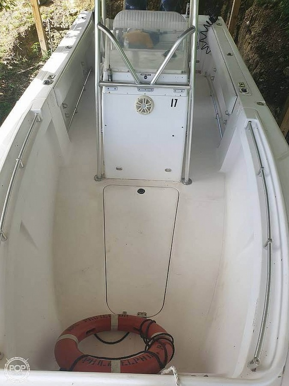 2005 American Angler boat for sale, model of the boat is 2600 CC & Image # 6 of 12