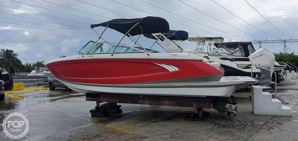 2014 Cobalt boat for sale, model of the boat is A25 & Image # 13 of 40