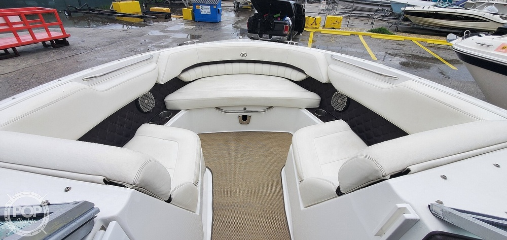 2014 Cobalt boat for sale, model of the boat is A25 & Image # 7 of 40