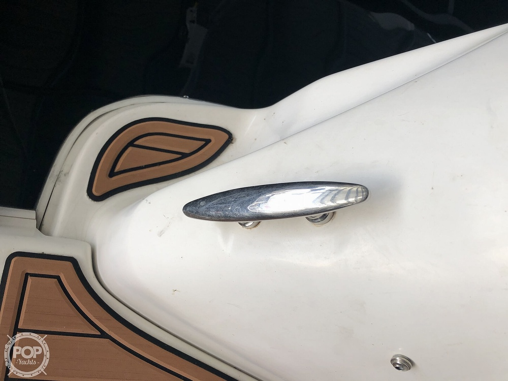 2005 Regal boat for sale, model of the boat is 2860 & Image # 9 of 40