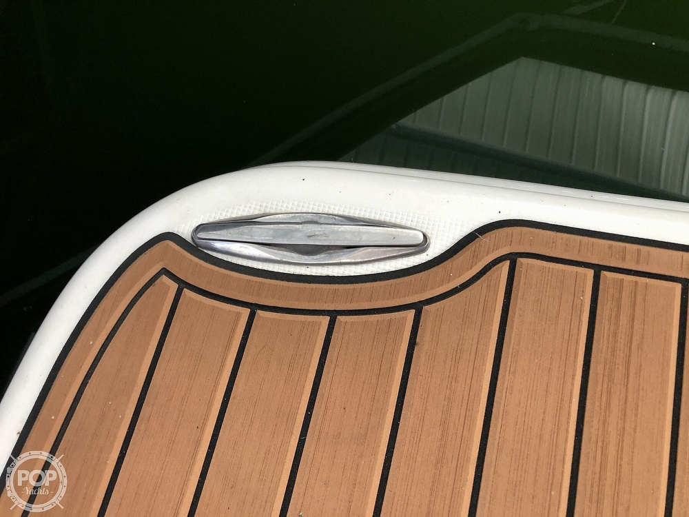 2005 Regal boat for sale, model of the boat is 2860 & Image # 14 of 40