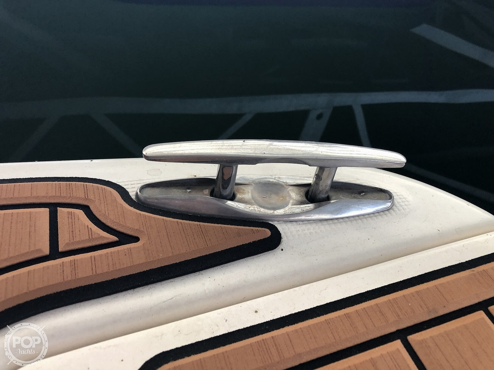 2005 Regal boat for sale, model of the boat is 2860 & Image # 16 of 40