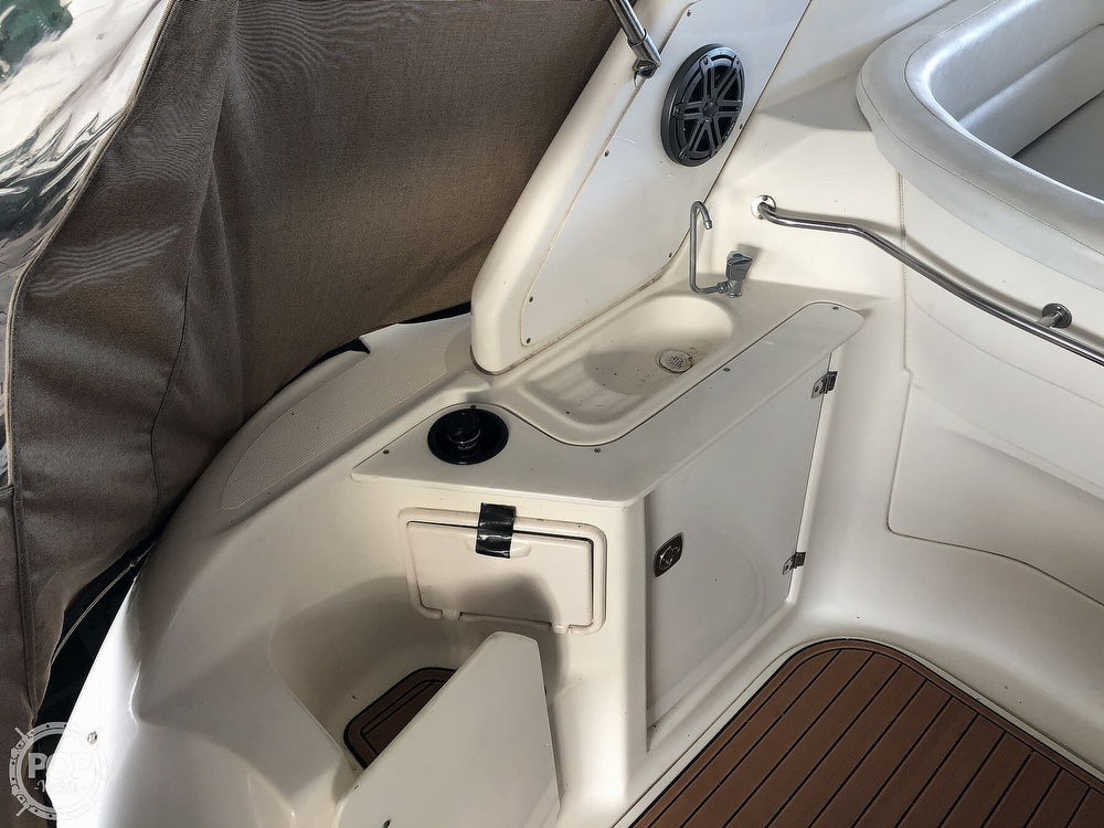 2005 Regal boat for sale, model of the boat is 2860 & Image # 19 of 40