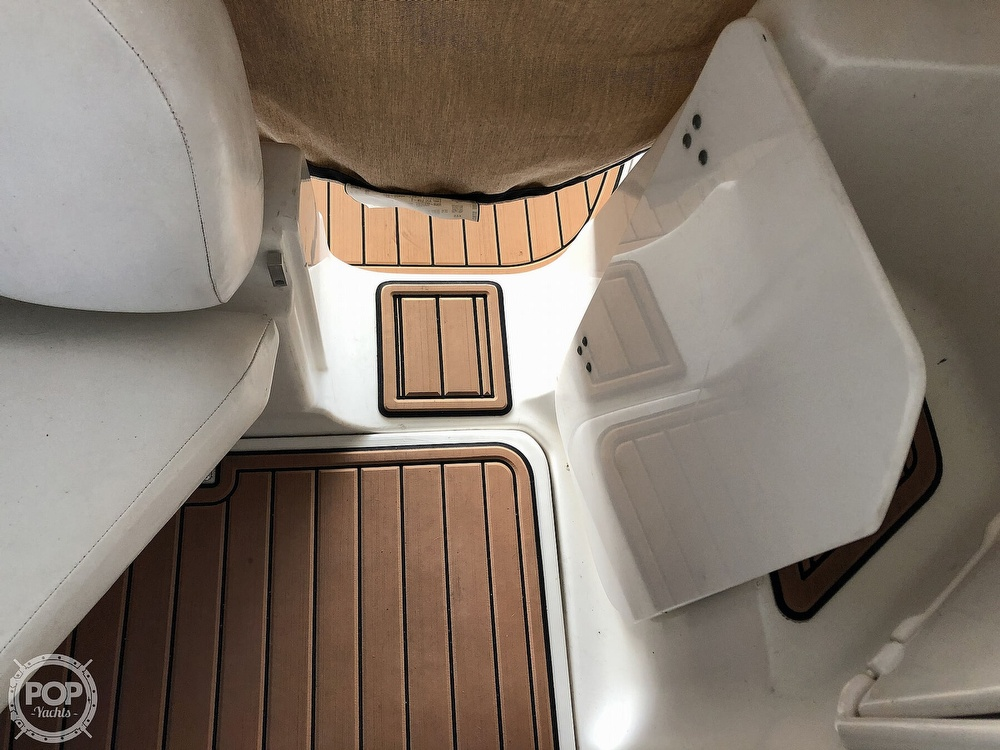 2005 Regal boat for sale, model of the boat is 2860 & Image # 31 of 40