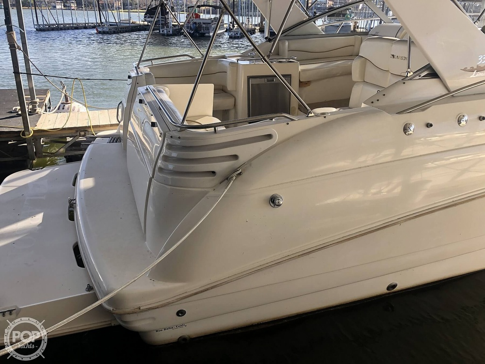 1999 Larson boat for sale, model of the boat is 330 Cabrio Mid Cabin & Image # 36 of 40