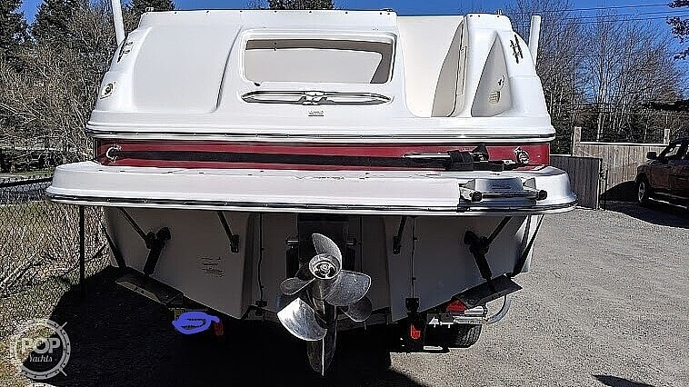 2004 Chaparral boat for sale, model of the boat is Signature 260 & Image # 4 of 40